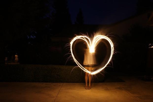 sparkler_heart_by_akemilights-d56cift